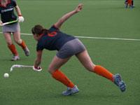 image: Hockey meiden van Were Di MB1 tegen Zwart Wit