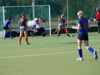 image: Hockey meiden Weredi maken de 2-0 tegen Breda MB1
