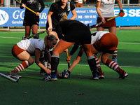 Hockey dames Tilburg en Zwart Wit D1 delen punten (1-1)