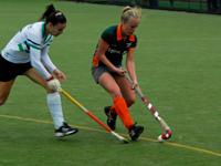 Dames Were Di winnen thuis van Eindhoven D1