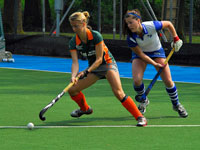 Were Di hockey dames tegen Forward